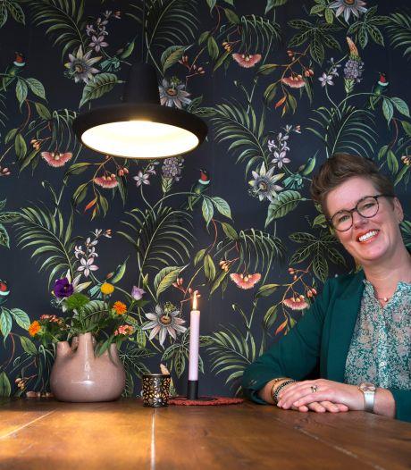 Uitvaartverzorgster Marleen neemt mensen mee naar Vlieland voor een rouwretraite