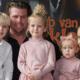 De Bellinga's zetten oma's uitvaart op YouTube en maken familie woedend