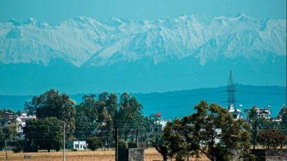 Dan toch één positief corona-effect: sneeuwtoppen Himalaya vanop 200 kilometer zichtbaar dankzij betere luchtkwaliteit