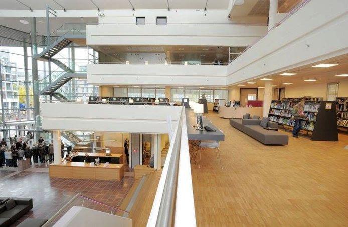 De bib van Genk is samen met vijf andere bibliotheken genomineerd.