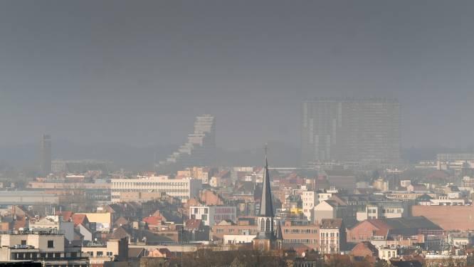 """Greenpeace waarschuwt voor 'gevaarlijk hoge' luchtvervuiling boven Brussel: """"Een veilige concentratie stikstofdioxide, dat bestaat niet"""""""