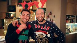 'Thuis'-acteurs zitten helemaal in de kerstsfeer en zingen eigen versie van 'Jingle Bell Rock'