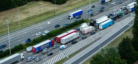Onderzoek VIL toont grote tijdswinst door geautomatiseerd laden en lossen vrachtwagens