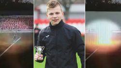 16-jarige jeugdspeler van Russische derdeklasser die getroffen werd door bliksem, uit coma gehaald