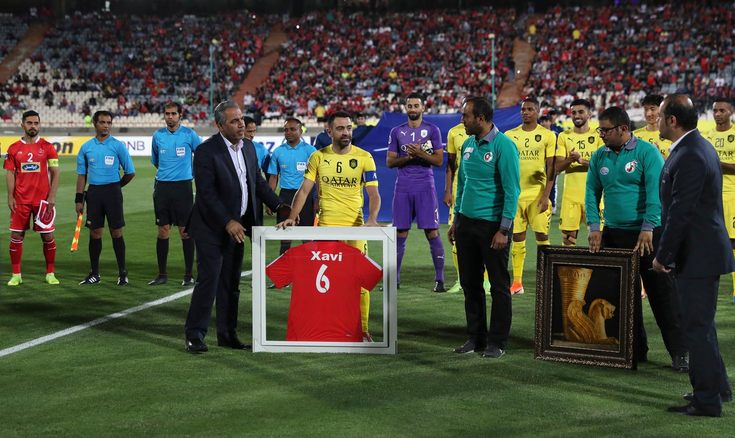 Xavi Hernandez' neemt afscheid als profvoetballer bij de AFC Champions League-wedstrijd Al-Sadd - Persepolis.