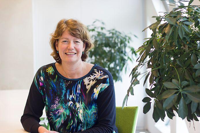 Mira Bloemen-Bekx promoveerde op onderzoek naar bedrijfsopvolging bij famileondernemingen.