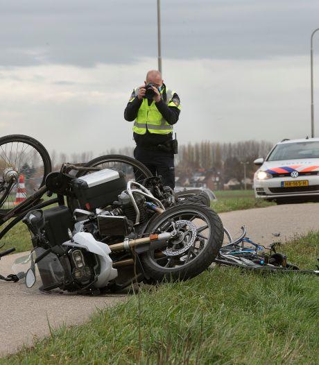 Motoragent (60) die scholieren schepte op fietspad veroordeeld tot voorwaardelijke werkstraf