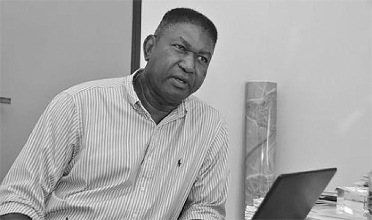 Armand Zunder, econoom en directeur van het Kennisinstituut voor Onderzoek naar Genocide en Reparaties en voorzitter van de Nationale Reparatie Commissie Suriname. Beeld