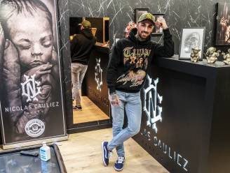 """Of het nu mag of niet, tattoo-artiest Nicolas doet zijn winkel weer open: """"Elke weldenkende rechter zal me gelijk geven"""""""