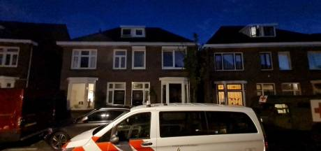 Gewonde na schietincident bij berucht drugspand in Enschede, man gearresteerd