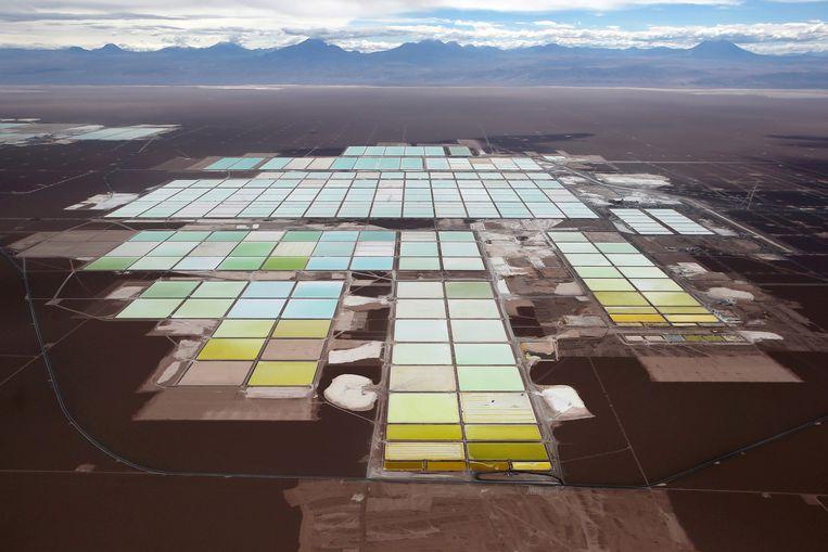 Een lithiummijn in Chili. Beeld REUTERS