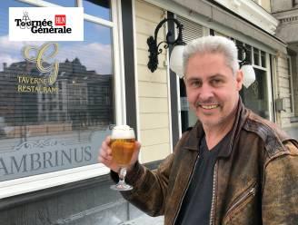 Tournée Générale: Hier reserveerde Tienenaar Olivier Adams (52) een plekje om van zijn eerste vers getapte pint te genieten