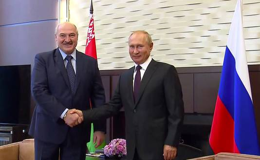 Le président bélarusse Alexander Loukachenko et Vladimir Poutine