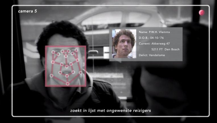 Op de metro van Amsterdam wordt gebruikgemaakt van gezichtsherkenning. Beeld rv