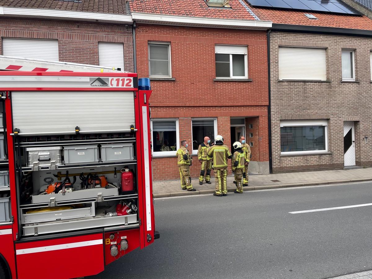 De brand brak uit in de rijwoning in Avelgem.