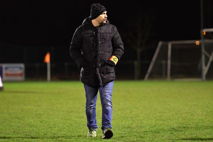 Hanno Poep gaat zijn vijfde seizoen in als hoofdcoach bij VCE Houtem. Franky Coppens blijft als T2 aan zijn zijde staan. Andy Verhoeyen blijft aan als keeperstrainer.