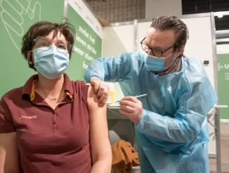 """Vaccinatiecentra Vlaamse Ardennen zetten eerste prik nog tot 18 september: """"Pop-up's moeten achterblijvers alsnog bereiken"""""""
