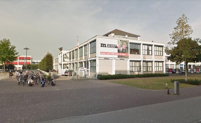 De 16-jarige jongen ging naar school op het Van Maerlant in Den Bosch.