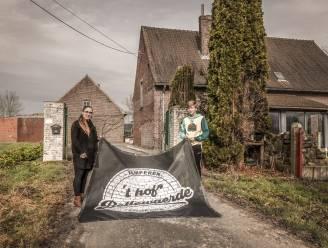 """Koppel opent camping 't hof Bellewaerde op WO I-site: """"Onze boerderij ligt midden in oorlogsgebied"""""""