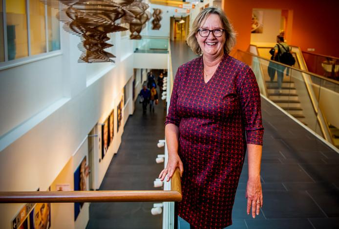 Directeur Anja Blonk is heel erg blij met de eerste plaats in de Ziekenhuis Top 10. ,,Alsof ik zelf jarig ben!''