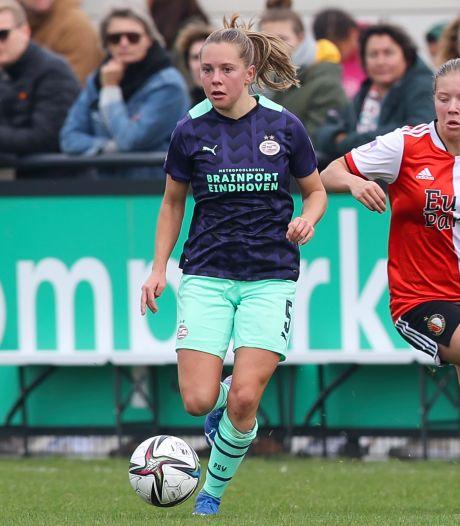 PSV-speelster Janou Levels: 'Er ging tegen Feyenoord wel het een en ander mis'