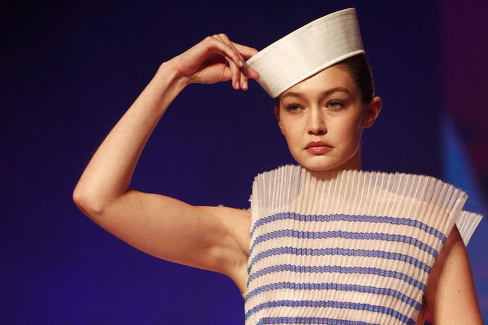 Gigi Hadid à l'ultime défilé de Jean Paul Gaultier.