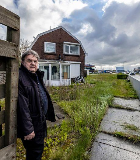Geluidswal moet buurtschap Westerlee, dat ingeklemd zit tussen bedrijven, weer toekomstperspectief geven