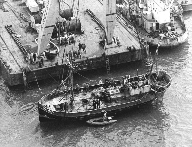 Het smokkelschip Lammie waar Stroek in investeerde en dat uiteindelijk zonk voor de kust van Den Helder, met tonnen hasj aan boord.  Beeld Hollandse Hoogte /  ANP