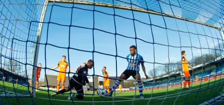 Felicitatiefilmpje van scorende Jap Tjong voor jarige FC Eindhoven-fan: 'Volgende keer drie punten'