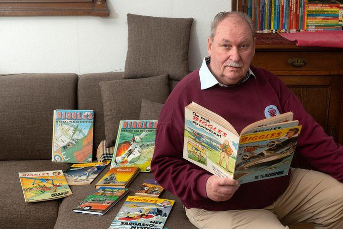 Dick Beumer en zijn Biggles-boeken.