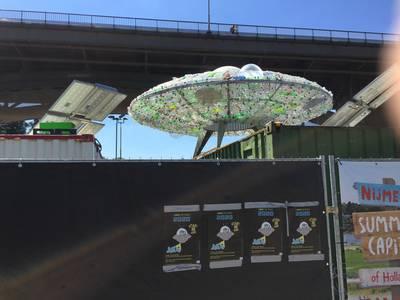Ufo vol plastic afval 'opgestegen' bij De Kaaij