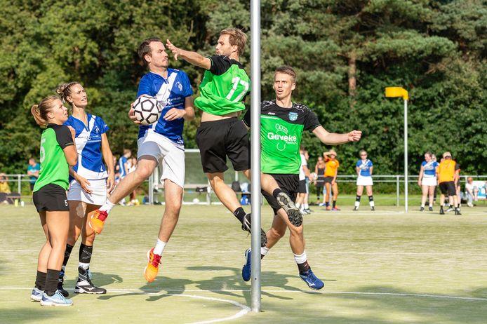 Dindoa-speler Ruben de Vries in actie.