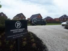 Ophef over privéparkeerplaats aan Cattenbroekerdijk: 'Daar kun je aardig wat huizen voor jongeren bouwen'