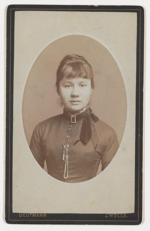 Jo Bonger in 1884. Beeld F.W. Deutmann / Van Gogh Museum
