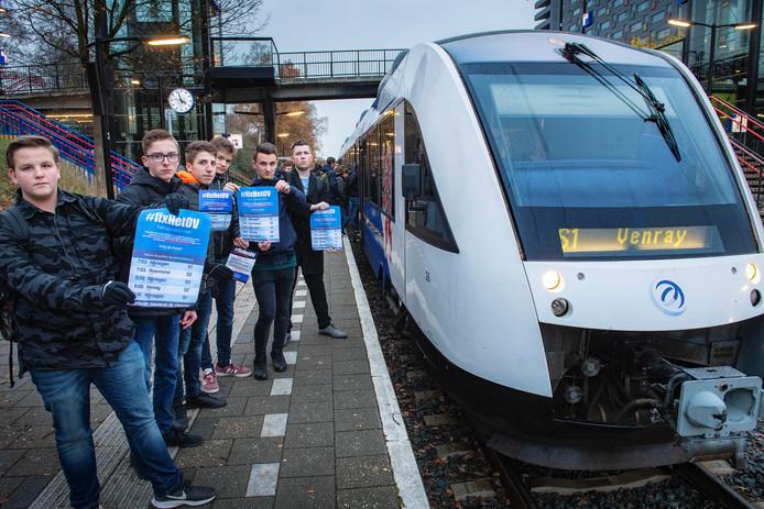 FixhetOV, protest tegen slechte treinregeling..