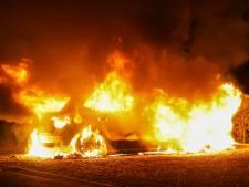 Auto in Oss verwoest door brand