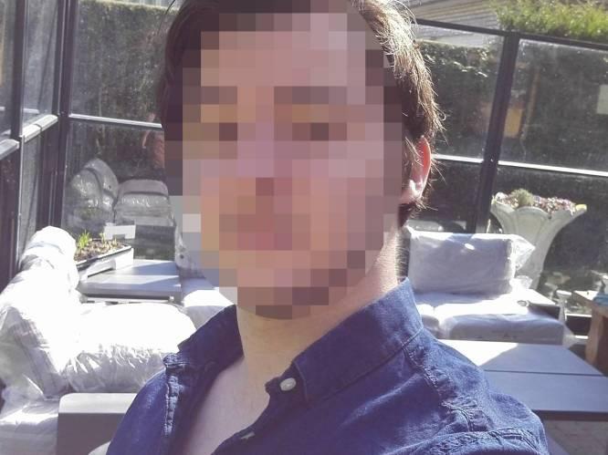"""Jongeman gaat volledig door het lint wanneer vriendin van zijn broer hem wegduwt na aanranding: """"Ik wilde haar doden"""""""