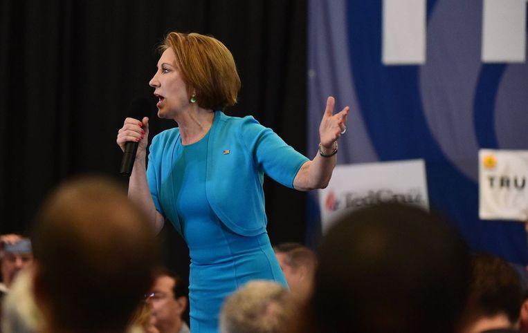 Carly Fiorina tijdens de speech waarin ze zich achter Ted Cruz schaarde. Beeld photo_news
