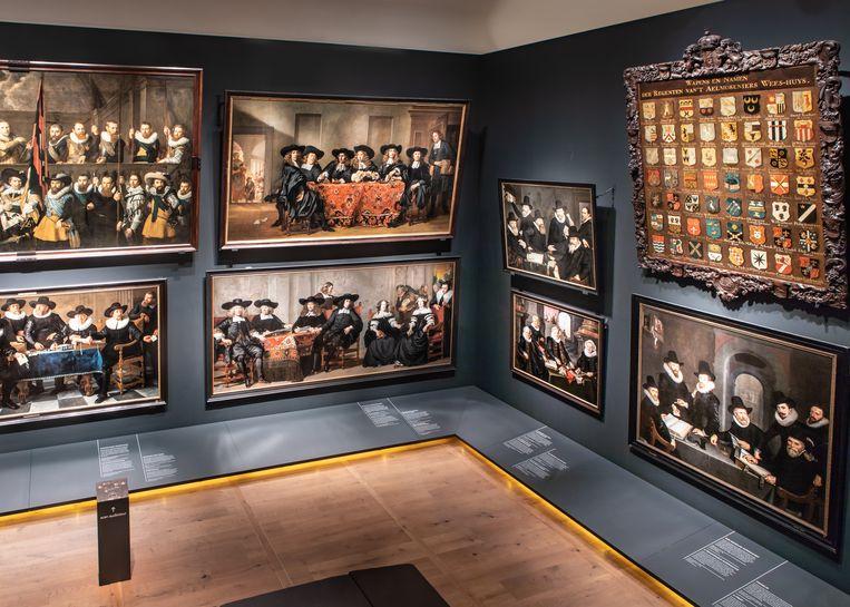 Volgens de curatoren van de Hermitage zijn het de 'broertjes en zusjes van de Nachtwacht'.  Beeld Joel Frijhoff / Amsterdam Museum