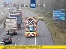 Drukte op A12 vanaf Duitse grens naar Arnhem: vrachtwagen met pech, veel Duitsers op de weg