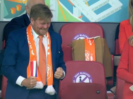 Met dolle vreugde op de tribune toont koning Willem-Alexander zich weer een echte sportfan