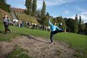 Balletje trappen op het voetbalveld, ook dat kan in de Spoorkuil.