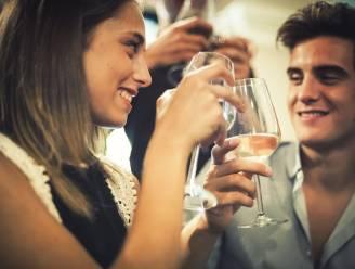 Deze 3 vragen voorspellen de duur van jullie relatie