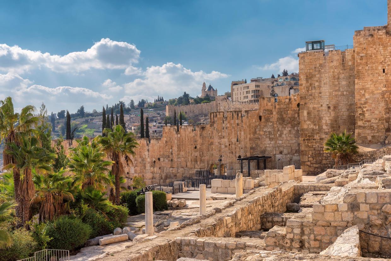 Op de Tempelberg heb je een prachtig zicht over de Oude Stad van Jeruzalem. Beeld Alamy Stock Photo