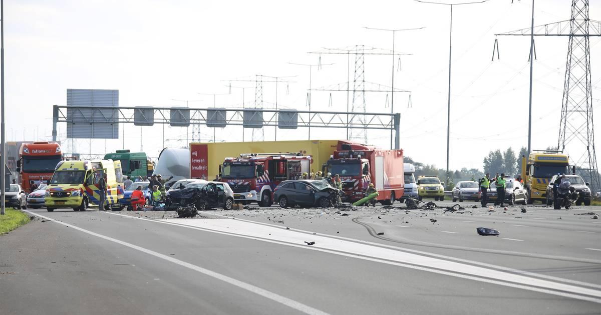 Drie doden bij ernstig verkeersongeval op A2.