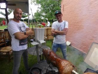 Smokey and the Chef toveren De Leerze om tot barbecueparadijs