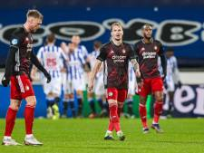 Grootste nederlaag onder Advocaat maakt horrormaand Feyenoord compleet