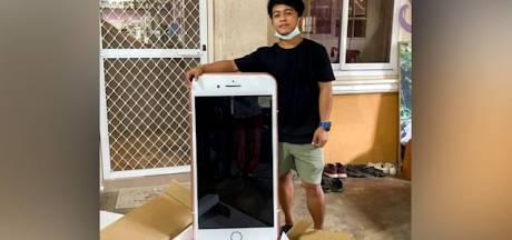 Il pensait avoir commandé un iPhone, mais reçoit une table à la place