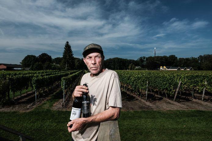 JV 14092021 Winterswijk Nl / Gerhard Ensing Wijngaard Hesselink met winnaars , druiven druivenplukkers / Foto : Jan Ruland van den Brink