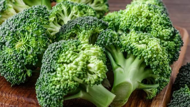 Broccoli met dunne steel en sla die perfect op hamburger past: groenten krijgen make-over zodat u minder voedsel zou verspillen